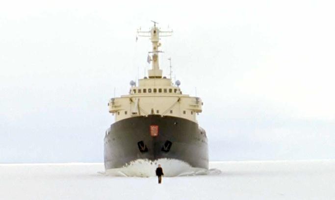 Stillbillede fra video af Guido van der Werve