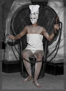 Jeannette Ehlers i performancen 'Whip it Good!', 2013