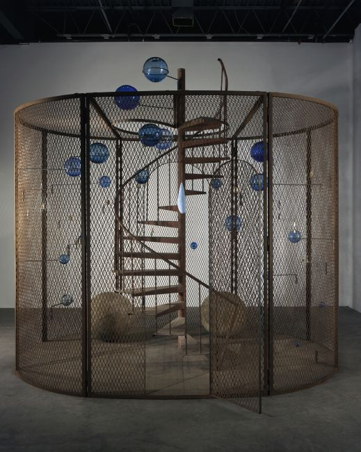 Louise Bourgeois: 'Cell (The Last Climb)', 2008. National Gallery of Canada, Ottawa. Foto: Christopher Burke. © The Easton Foundation / Licensed by Copydan